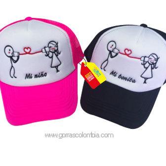 gorras negra y fucsia frente blanco para pareja mi niño y mi bonita