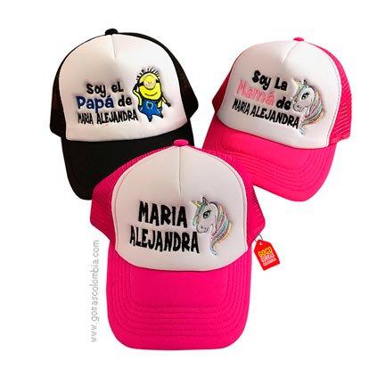 gorras negra y fucsia frente blanco para familia minion y unicornio