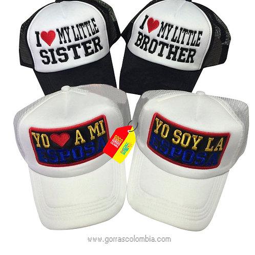 gorras negra y blanca frente blanco para familia esposos y cuñados