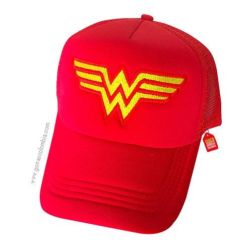 gorra roja unicolor de superheroes mujer maravilla