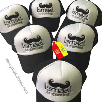 gorras negras frente blanco para fiesta is coming mostacho