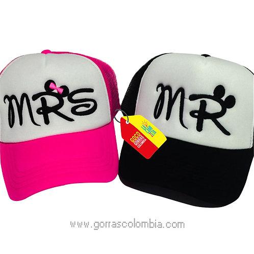 gorras negra y fucsia frente blanco para pareja mr y mrs