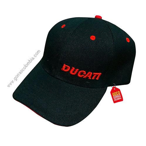 gorra negra unicolor personalizada ducati