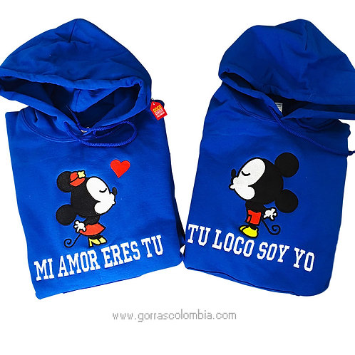 busos azules con capota para pareja mickey beso