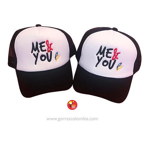 gorras negras frente blanco para pareja me and you