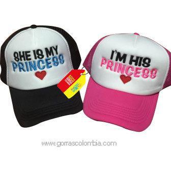 gorras negra y fucsia frente blanco para pareja princess