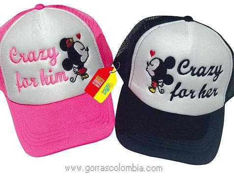 gorras negra y fucsia frente blanco para pareja crazy mickey