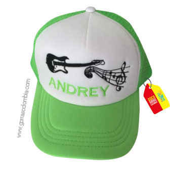 gorra verde frente blanco personalizada guitarra