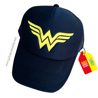 gorra negra unicolor de superheroes mujer maravilla