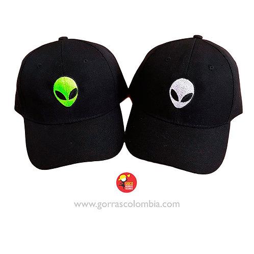 gorras negras unicolor para pareja ovni