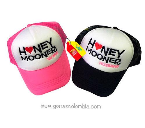 gorras negra y fucsia frente blanco para pareja honey