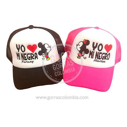 gorras negra y fucsia frente blanco para pareja mickey negro y negra