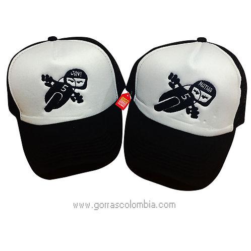 gorras negras frente blanco para pareja motos