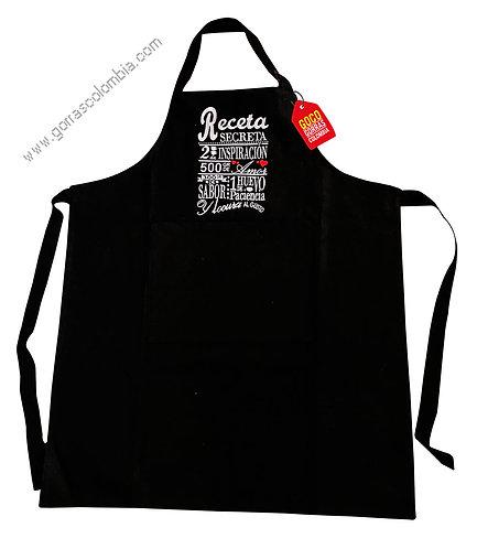 camiseta personalizada delantal negro con logo