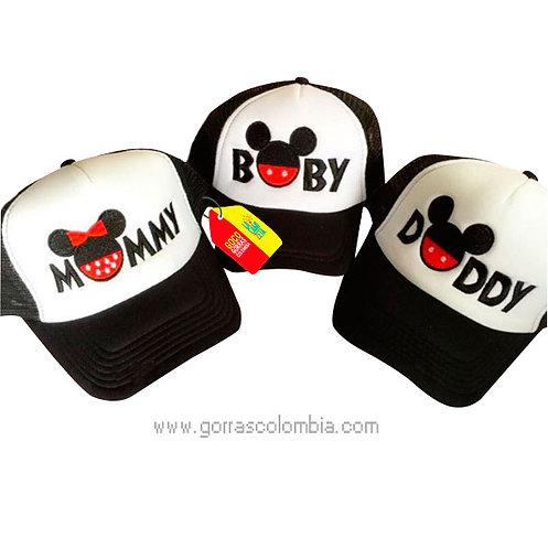 gorras negras frente blanco para familia daddy, mommy y baby mickey