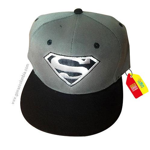 gorra gris unicolor de superheroes superman