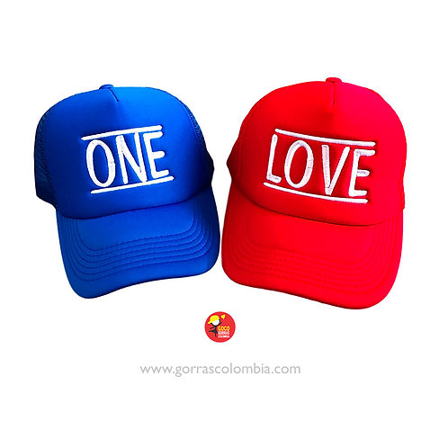 gorras azul y roja unicolor para pareja one love
