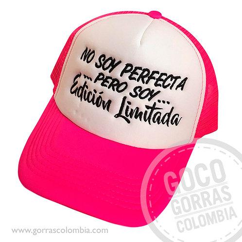 gorra fucsia frente blanco personalizada edicion limitada