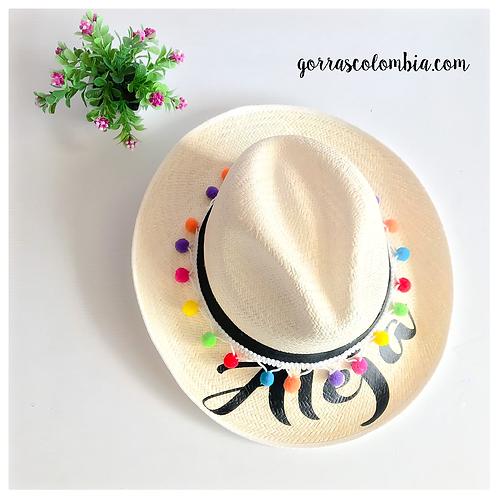 Sombrero con nombre