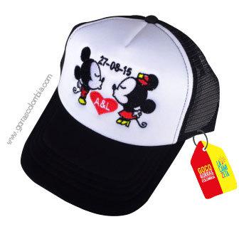 gorra negra frente blanco personalizada pareja mickey