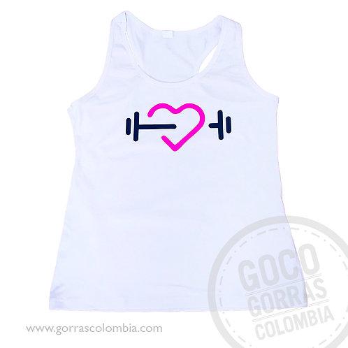 camiseta blanca personalizada gym corazon