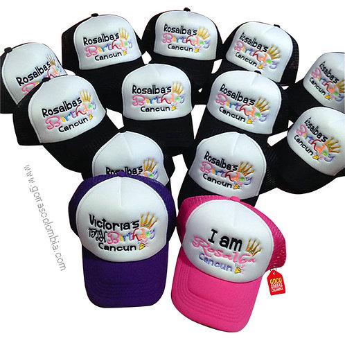 gorras negra y fucsia frente blanco para fiesta birthday cancun