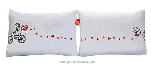 cojines blancos personalizados corazones