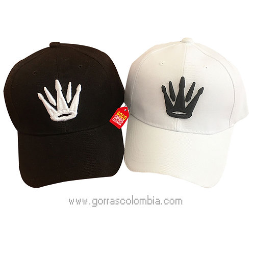 gorras negra y blanca unicolor para pareja coronas