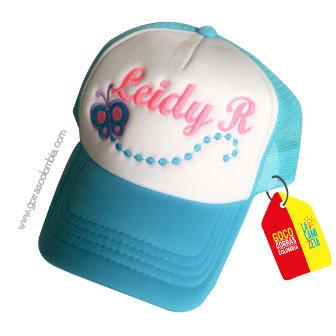 gorra azul frente blanco para niña mariposa