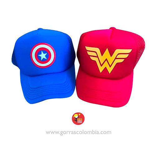 gorras azul y roja unicolor para pareja capitan america y mujer maravilla