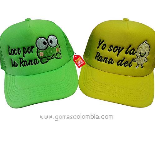 gorras verde y amarilla unicolor para pareja rana y pollo