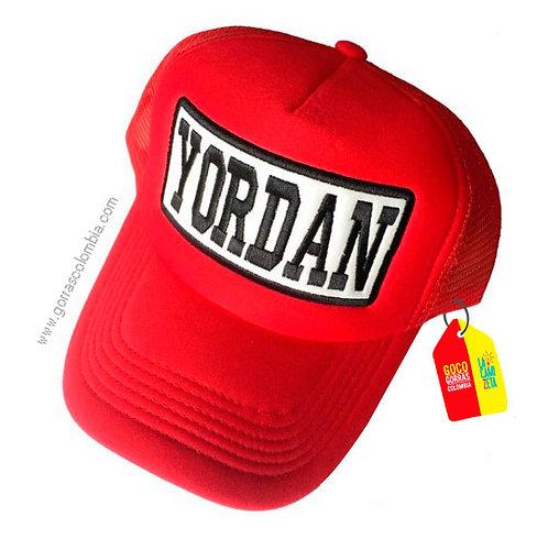 gorra roja unicolor personalizada nombre