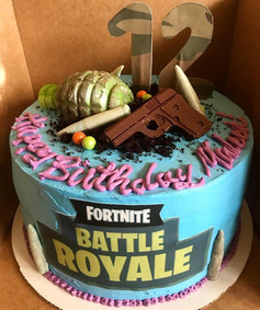 #fortnite 3 layer chocolate cake topped