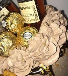 ✨ royal 40 👑✨_• chocolate hennessy cake
