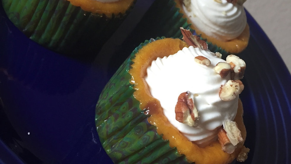 """Senses"" Carrot Cheesecake Cupcake"