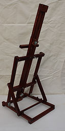 Fully assembled table easel.