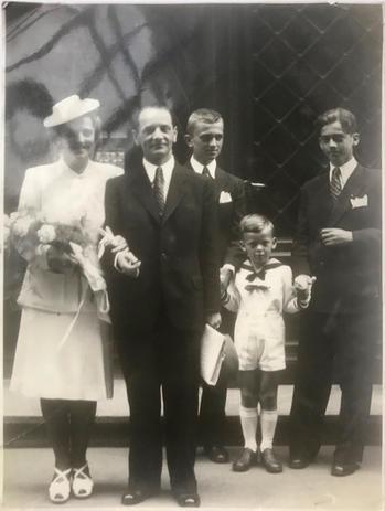Szüleim esküvői képe