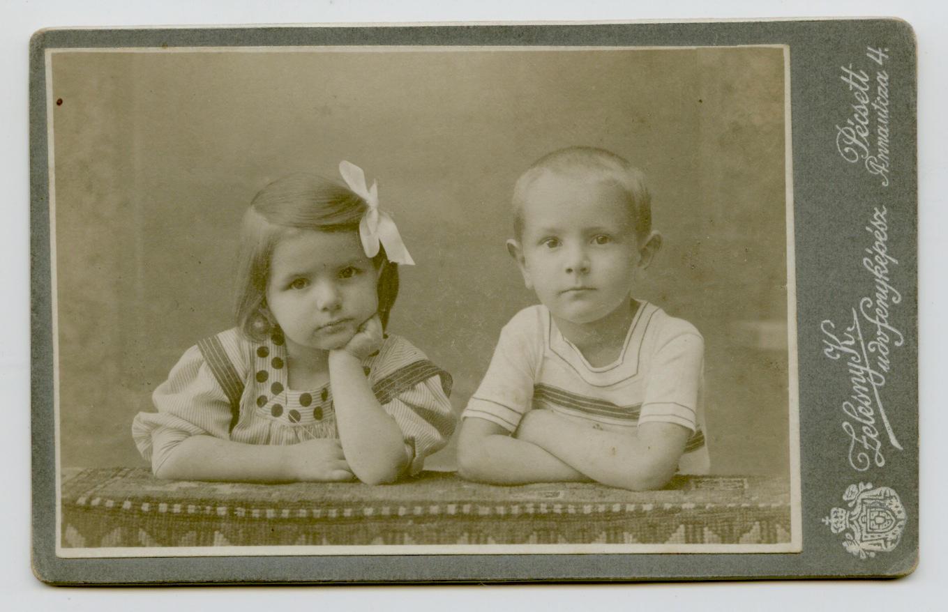 Apám és Márta nagynéném