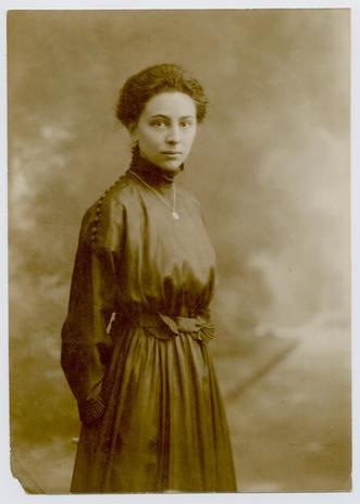 Apai nagyanyám, Kaltneker Ilona