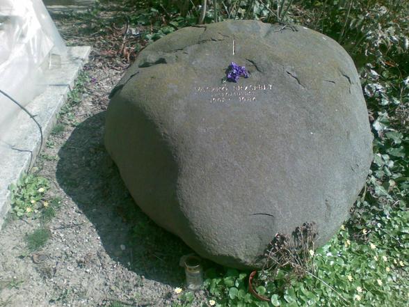 Bakos Ildikó: Vaszkó Erzsébet síremléke