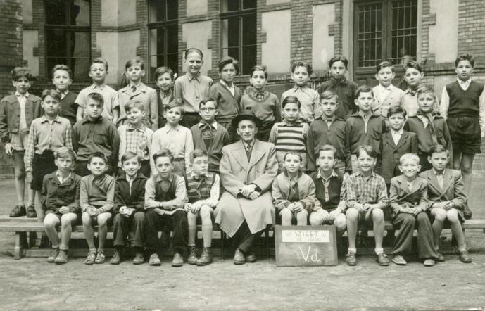 Sziget utcai iskola, 1956, V. D.