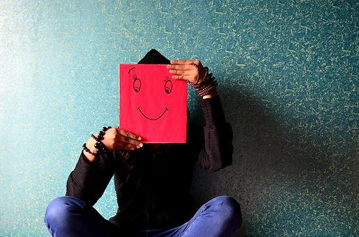 maschera felice.jpg