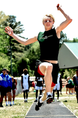 Adairsville track and field teams advance 10 athletes to state sectionals