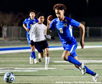 Three second half goals lift Colonels to state playoff win