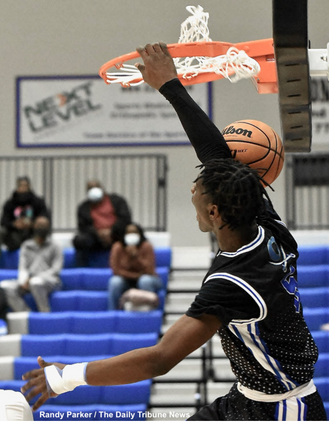 Colonels knock off 9th-ranked Blessed Trinity; Cass girls remain undefeated