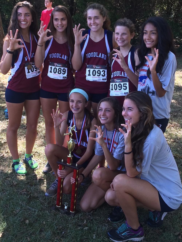 Woodland girls cross country team, 2016