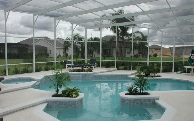 pool enclosure pressure cleaning