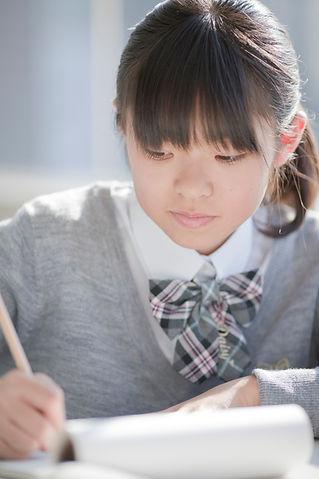 中学生女子写真.jpg