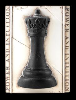 T409 Chess Queen
