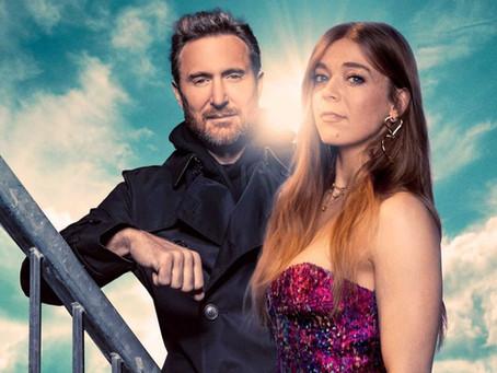 A canto Becky Hill e o dj e produtor David Guetta, anunciam parceria em nova música.